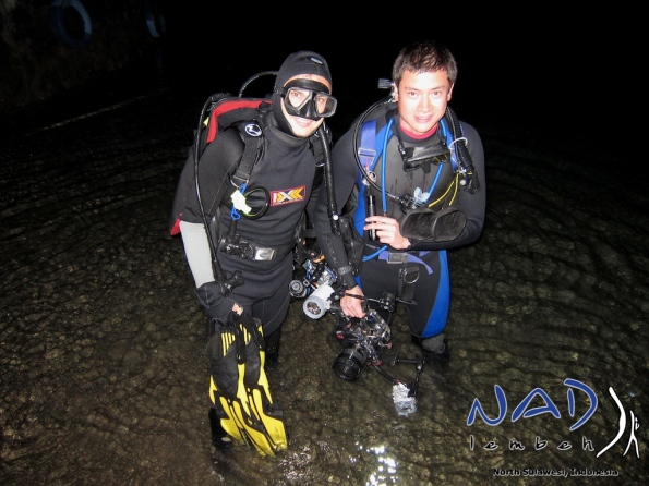 Our Guests Kai and Alex are going for a midnight night dive on new years eve